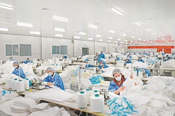 疫期间保供应显担当 疫后重振强产业创名城,仙桃阔步迈向中国无纺布之都
